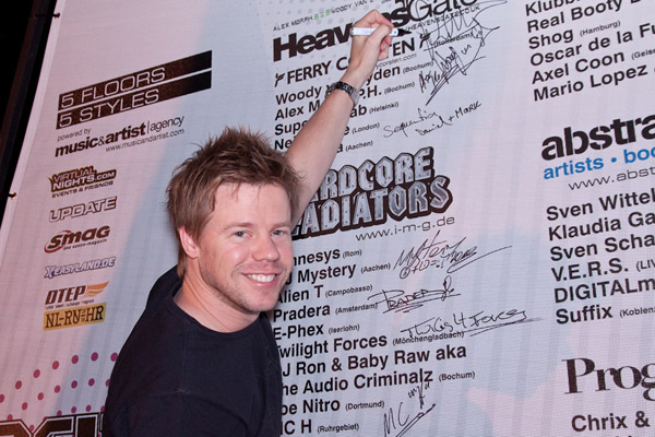 HeavensGate with Ferry Corsten
